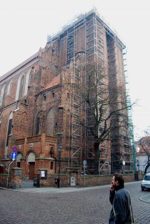 De båda Johannes kyrka.
