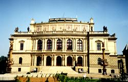 Rudolfinum i Prag