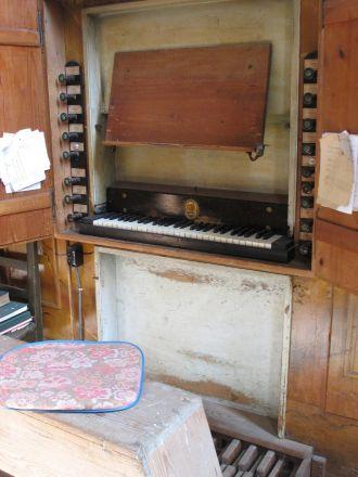 Den historiska orgeln i basilikan är åter spelbar.