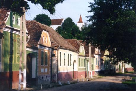 Bygatan i Neudorf (rumänska: Nou Săsesc).